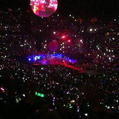 Coldplay Mylo Xyloto concert!! Best night of my life!