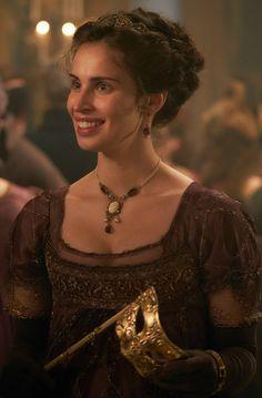 Heida Reed as Elizabeth Poldark nee Chynoweth. Poldark