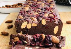 Ciocolata de casa, ciocolata copilăriei mele, cel mai bun baton de ciocolata – Chef Nicolaie Tomescu Cupcake Cookies, Cupcakes, Romanian Food, Brownie Bar, Sweet Cakes, Fudge, Biscuit, Brownies, Caramel
