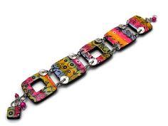 Bracelet plat multicolore avec filigranes noirs // esprit pop // création unique. de la boutique Chezpajope sur Etsy Creations, Boutique, Etsy, Bracelets, Accessories, Fashion, Spirit, Unique Jewelry, Dish