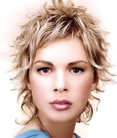 Sexy, elegant feminine hairstyle with different lengths. - See more at: http://www.short-hairstyles.com/short/s155.htm#07