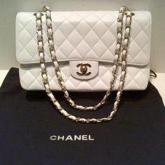 Tip: Chanel 2.55 Handbag (White)
