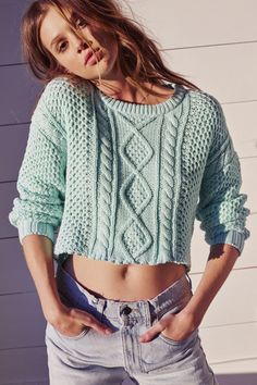 Cropped sweater. #urbanoutfitters