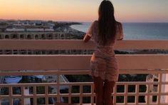É lei l'arbitro piu` bello del mondo? I fan impazziscono per lei, ecco chi e` Nel calcio, gia` da qualche anno, ci sono anche gli arbitri di sesso femminile e che arbitri!Lei, Ekaterina Kostyunina, e` stata ribattezzata, almeno sui social, l'arbitro donna piu` attraente e sexy #ekaterinakostyunina