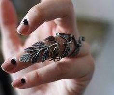 lovely ring!!<3