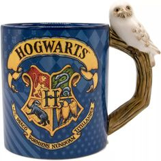 Harry Potter Bedroom, Harry Potter Mugs, Harry Potter Hogwarts, Harry Potter Display, Hogwarts Crest, Hogwarts Houses, Disney Coffee Mugs, Harry Potter Collection, Oriental Trading
