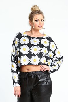 11+Plus-Size+Crop+Tops+That+Are+A+Cut+Above+The+Rest+#refinery29