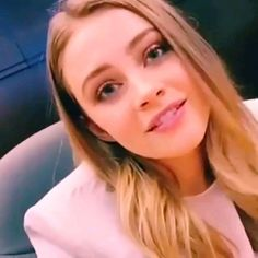 Josephine Langford 💗💗 - The Effective Pictures We Offer You About diy projects A quality picture can tell you many things. Divas, Beach Wave Hair, Celebrity Photography, Celebrity Bikini, Brown Blonde Hair, Grunge Hair, Cara Delevingne, Beautiful Celebrities, Hollywood Actresses