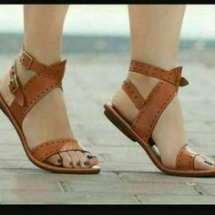 51d01d5d4 Women s Brown Leather Sandals Size  US Length Centimeters Width 10  Centimeters (Medium) Material Leather Color  Brown Origin Handmade in Kenya  True to size.