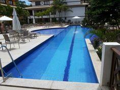 Apartamento de 1 quarto em condomínio frente mar à venda em Praia do Forte, Bahia, Brasil.