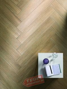 Het Italiaanse merk Ragno levert met deze tegel uit de Harmony serie een hoogwaardig product. Een houtlooktegel in beige, welke een warme sfeer geeft aan een ruimte. Deze tegel is ook zeer mooi in het klassieke visgraat patroon te verwerken.