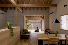 Kojyogaoka House / Hearth Architects Photos © Yuta Yamada