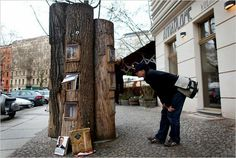 Bookshelf: Book forest The first public bookcase in Berlin. The project adopts the idea of putting up a bookcase in a public space, in which people could release their used books to be picked up by others. Little Free Libraries, Little Library, Mini Library, Library Wall, Street Library, Book Tree, Sustainable Forestry, Sustainable Design, Autumn Trees