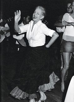 40 and Fabulous: A CUT ABOVE - Carolina Herrera, 2002