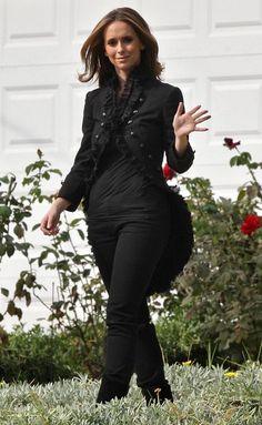 Jennifer Love Hewitt On The Set Of 'Ghost Whisperer' - Pictures
