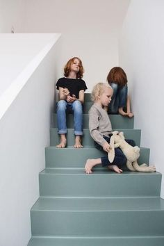 Best Painted Stairs Ideas For Your Modern Home #PaintedStairsIdeas #PaintedStairs #StairsIdeas