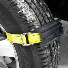Snow & Mud Tire Traction Straps by Trac-Grabber Tire traction straps from Trac-Grabber are a car safety must-have. Learn how they can help you get Jeep Xj Mods, Jeep Tj, Nissan Navara, Van 4x4, Do It Yourself Camper, 1000 Lifehacks, Kombi Motorhome, Kombi Camper, Vw Bus