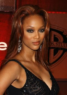 Tyra Banks And Hair Extension 115