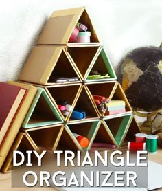 The 11 Best DIY Desk Organizers. DIY Triangle Organizer Keep your desk organized and in tip top shape with these stylish 11 best desk organizers. Cardboard Organizer, Cardboard Crafts, Diy Cardboard Furniture, Cardboard Playhouse, Decor Crafts, Diy And Crafts, Crafts For Kids, Rock Crafts, Homemade Crafts