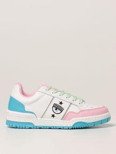 Chiara Ferragni Shoes, The Blonde Salad, Urban Street Style, White Women, Fold Towels, Shoes Sneakers, Fur Coats, Leather, Kids
