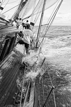 I love this pic of a sailing crew in action.