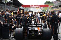 マクラーレン 「メルセデスとフェラーリは我々への供給を望んでいない」  [F1 / Formula 1]