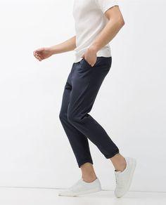 Imagen 3 de PANTALÓN CROPPED de Zara Modern Fashion, Retro Fashion, Mens Fashion, Cropped Trousers Outfit, Pants, Zara, Smart Casual, Street Wear, My Style