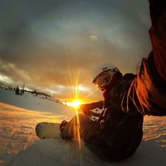From sunrise to sunset - may the fun never stop #Snowboarding #Skiing
