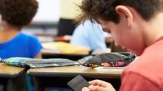 ΓΝΩΜΗ ΚΙΛΚΙΣ ΠΑΙΟΝΙΑΣ: Υπουργείο Παιδείας: Τέλος τα κινητά τηλέφωνα στα σ...