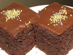 Připravte si tento fantastický hrnečkový čokoládový koláč: Příprava trvá jen 7 minut a nepotřebujete váhu ani odměrku!