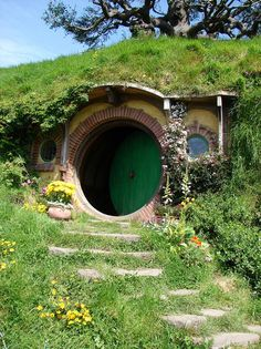 Why yes, I do need to visit a hobbit home someday <3