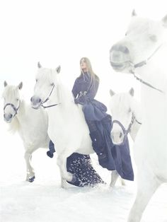 """Publication: Vogue China Issue: December 2005 Name: """"It's All About Capes and Coats"""" Photographer: Sølve Sundsbø Model: Carmen Kass Beautiful Horses, Animals Beautiful, Pretty Horses, Winter Girl, Winter Walk, Winter White, Carmen Kass, Winter Horse, Horse Fashion"""