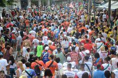 O bloco desfila em Copacabana, dia 9, sábado de carnaval, às 17h. Sai da Avenida Atlântica, esquina com Xavier da Silveira, desfila pela orla e volta ao local de origem. Obs: As informações são de responsabilidade dos blocos. Estão sujeitas a alterações de data e local sem aviso prévio.