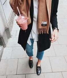 black mules outfit ideas for winter style