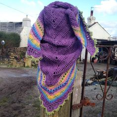 I'd forgotten how beautiful a Cornish winter can be #crochet #sundayshawl #cornwall #winter #crochetshawl by auntiebeccascrochet