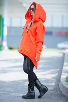 Orange Sports Hoodie of Quilted Cotton with large pockets. Style with jeans, leggings or wear it like Sports Set for a different look. This top will be your Best Friend as it is so loose, comfy, chic and trendy. CLICK Button 📍+ MORE to 🔍 View full SIZE CHART: ⬇️⬇️⬇️ Available Size: XS, S,