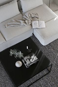 Söderhamn sofa IKEA and Cover from Bemz in Brera Lino Natural from Designers Guild Rooms Home Decor, Living Room Interior, Home Interior Design, Interior Styling, Söderhamn Sofa, Ikea Sofa, Designers Guild, Living Room Inspiration, Interior Inspiration