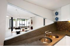 Image 11 of 26 from gallery of The White House Prahran / Nervegna Reed Architecture + PH Architects. Photograph by John Gollings Minimalist Design, Modern Design, Interior Design Principles, Living Room Decor, Living Spaces, Concrete Light, Double Sink Bathroom, Architect Design, White Walls