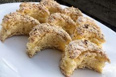 Nem piskóta: a Kossuth kifli receptje Marie Claire, French Toast, Muffin, Breakfast, Food, Meal, Eten, Meals, Muffins