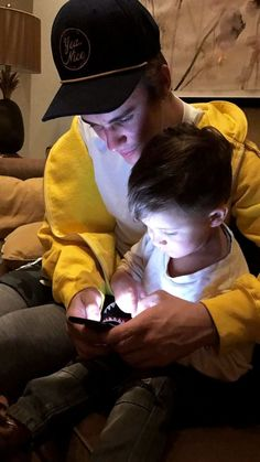 Fall Justin Bieber, Justin Bieber Images, Justin Bieber Style, Justin Bieber Lockscreen, Justin Bieber Wallpaper, Ucla History, Selena, Justin Photos, Pop Musicians