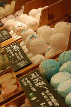 Lush Cosmetics and Bath Stuff vegan