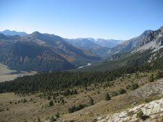 Weitblick vom Ofenpass im Schweizer National Park im Kanton Graubünden