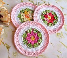 Centrinhos Círculos Rosa com Flor