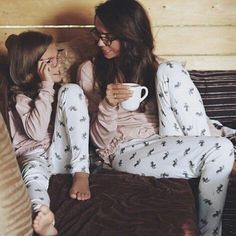 Mommy and daughter matching pajamas