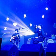 内澤崇仁(androp) & [Alexandros] (「Welcome! [Alexandros] LIVE 2016 SPECIAL」より) #androp #Alexandros #スペシャ Welcome, Concert, Live, Concerts