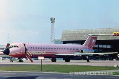 One of Court Lines colourfull at Luton British Airline, Transportation Technology, Airplane Photography, Cargo Airlines, Civil Aviation, My Childhood Memories, Britain, Aircraft, Commercial
