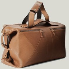 awesome 3 in 1 bag, weekender turns into messenger turns into portfolio awesome have to get this
