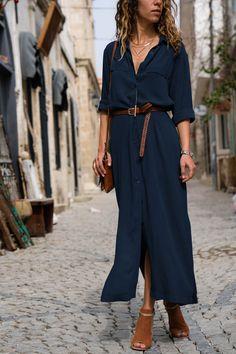 Kadın Lacivert Yanı Yırtmaçlı Gömlek Elbise