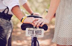 I love vintage bikes in engagement sessions.