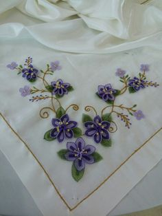 Table Runners, Tatting, Shawl, Diy And Crafts, Butterfly, Mavis, Embroidery, Projects, Model